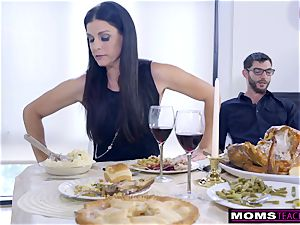 mother porks sonny And munches internal cumshot For Thanksgiving treat